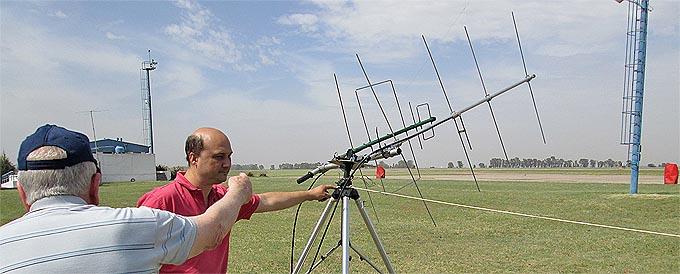 Rafagas de 70 Km/h voltean antenas estacion de control que lu6uo y lu8ual ayudan a reincorporar